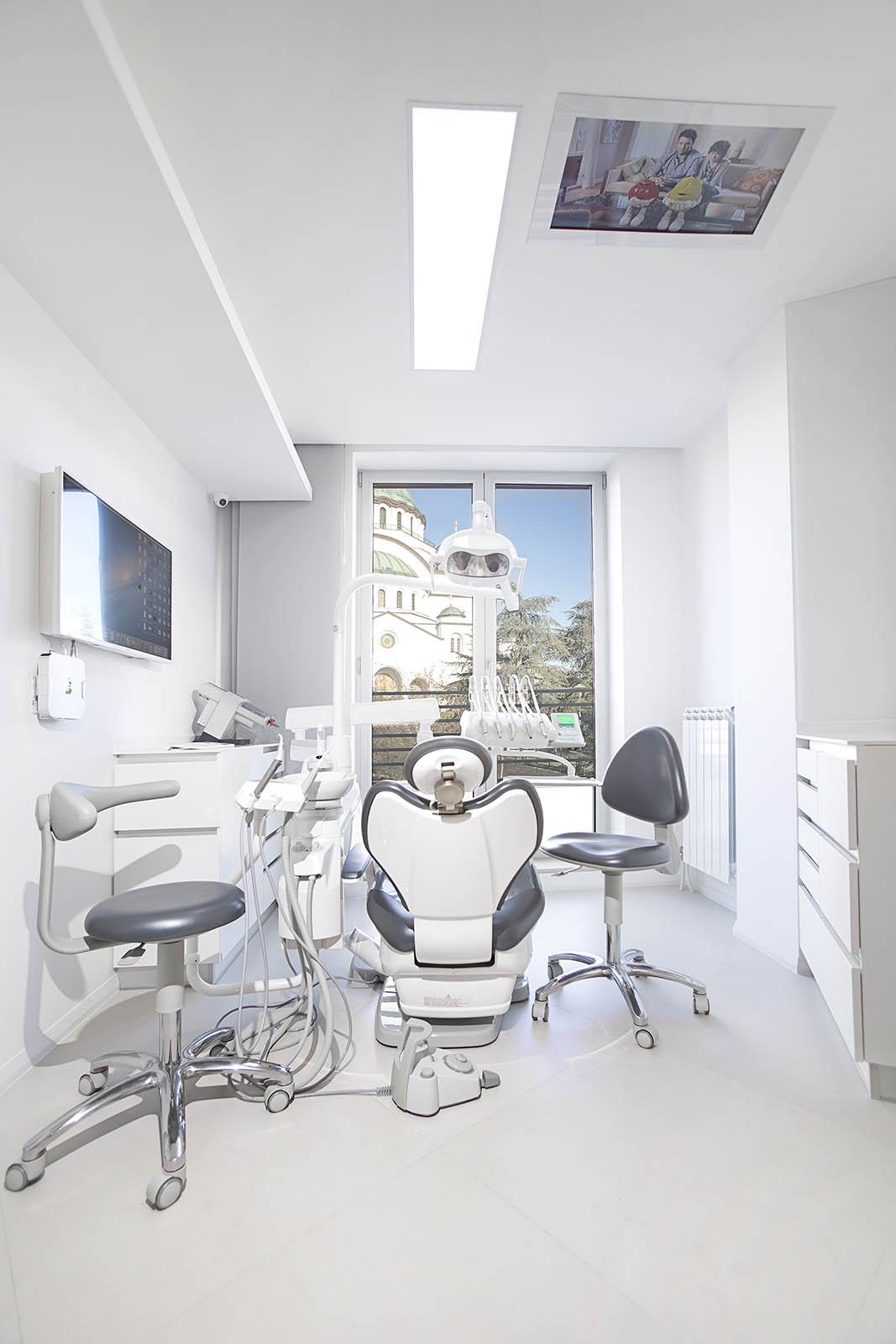 pecatipotpis, pecat i potpis, a1 dental studio, beograd, mirko nahmijas, nahmijas